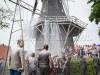 Honderden mensen ploeteren door de blubber tijdens Braggeltocht Garnwerd