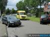 Automobiliste botst tegen geparkeerde auto in Veendam