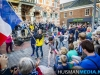 Vlaggenparade deelnemers RUN door centrum Winschoten. Foto: Huisman Media