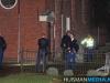 Politie zoekt met hond op begraafplaats in Oude Pekela